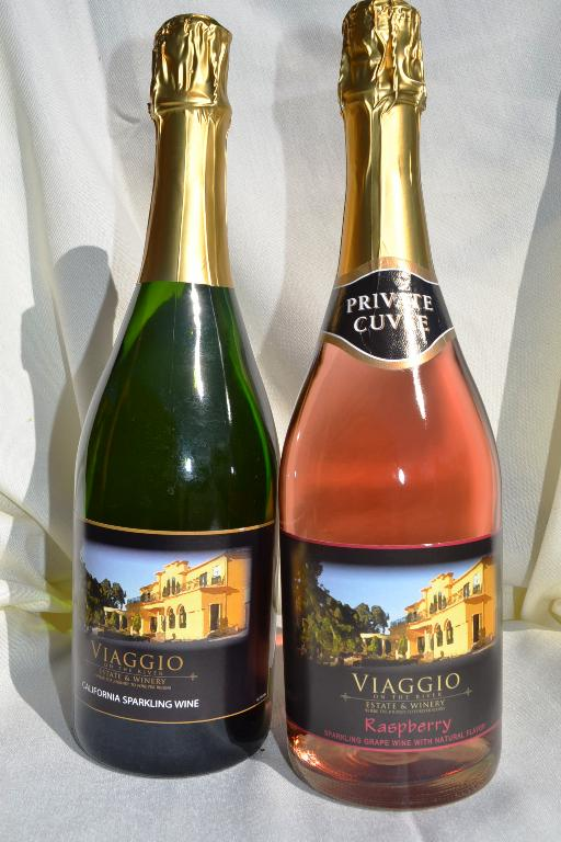 California Sparkling Wine, Regular or Raspberry